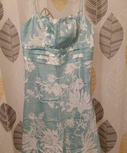Ann Taylor Fully Lined Spaghetti Straps Dress sz 6